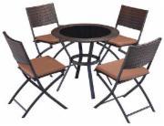 4 Stühle + Tisch