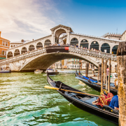 *TIPP* Venedig, Prag, Wien: A&O Hotelgutschein zum Valentinstag für nur 59€!