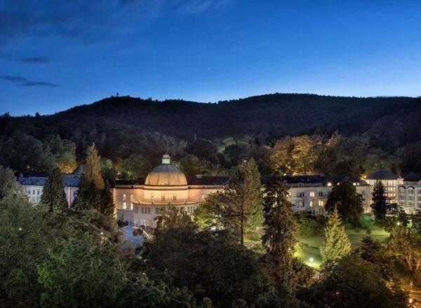 Maritim Hotel Bad Wildungen bei Nacht