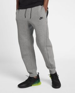 nike-sportswear-tech-fleece