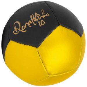 ronaldhinho-mini-fussball